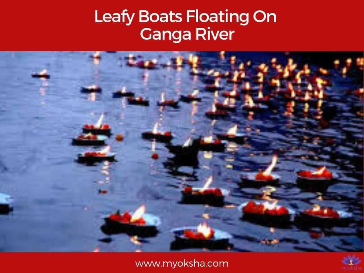 Leafy Boats Floating On Ganga Dussehra